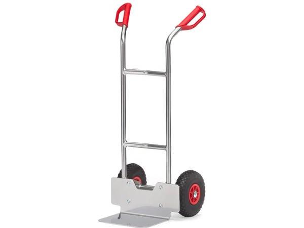 Der Alukarren kann bis zu 150 kg Last tragen.