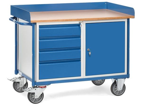 Der robuste Werkstattwagen ist eine praktische Kombination aus Arbeitsoberfläche und Lagerwagen.
