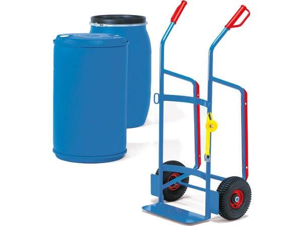 Der robuste Fasskarren kann 120 bis 220 Liter Fässer aus Kunststoff tragen.