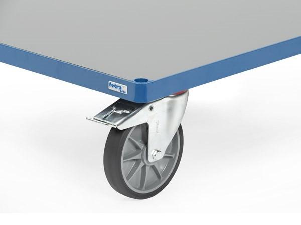 Die PVC-Platte ist optimal geeignet für die Nutzung im Innen- und Außenbereich,