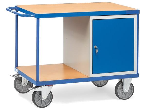 Der schwere Tischwagen ist konzipiert um bis zu 600 kg Last tragen zu können.