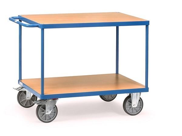 Der robuste Tischwagen von Fetra kann problemlos Lasten bis zu 600 kg tragen.