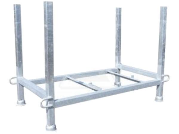 Die praktische Palette eignet sich optimal um viele Absperrgitter mit nur wenig Aufwand zu transportieren.