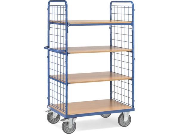 Der Etagenwagen besitzt zwei seitliche Wände aus Drahtgitter und kann auf 4 Etagen Lasten bis 600 kg tragen.