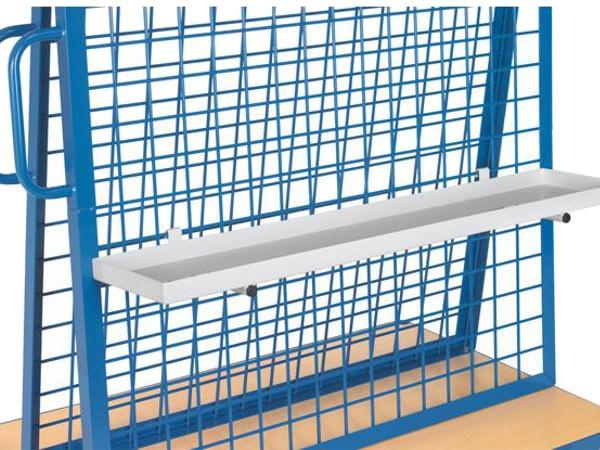 Die robuste Materialwanne kann viele Kleinmaterialien sammeln - insgesamt kann diese Wanne bis zu 50 kg tragen.