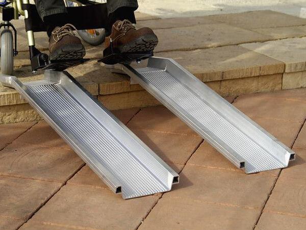 Rollstuhlschienen-ABS-Altec-1