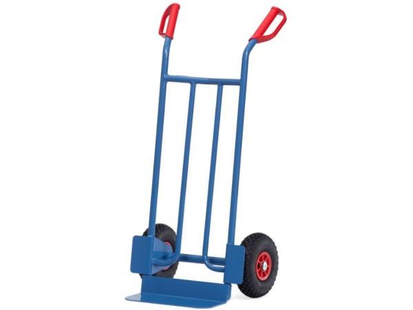 Die stabile Karre kann schwere Kisten bis 250 kg tragen.