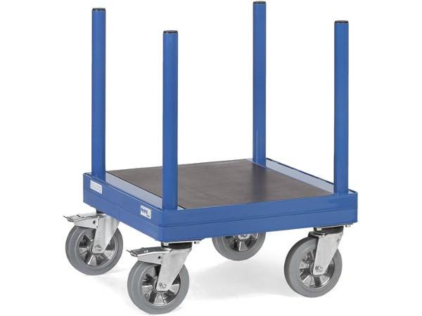 Der praktische Langmaterialwagen kann bis zu 1500 kg Last tragen.