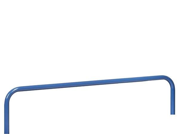 Der 300 mm hohe Einsteckbügel lässt sich ohne Werkzeug einfach in die vorgefertigten Bohrungen einstecken.