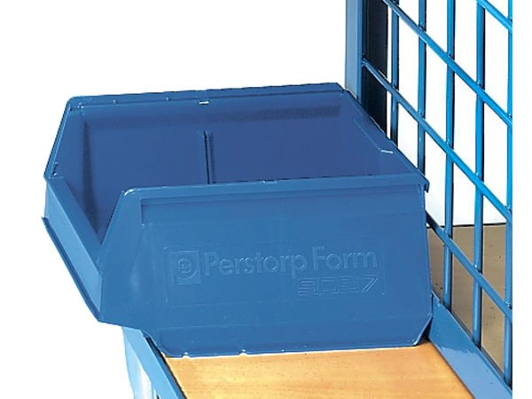 Der kompakte Sichtlagerkasten ist passend für den Werkstückwagen von fetra.