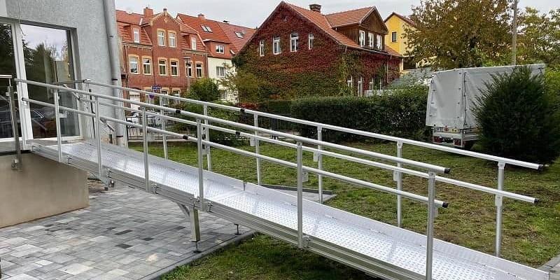Barrierefreie Erschließung einer Wohnung über den Balkon