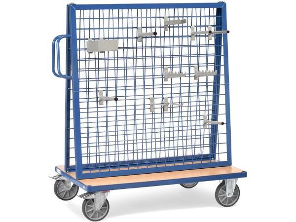 Der praktische Werkstückwagen kann mit vielen verschiedenen Zubehörteilen ausgestattet werden.