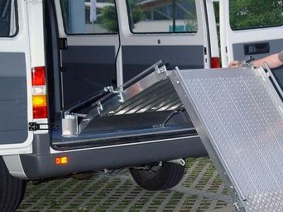 Rollstuhlrampe-RLK-Gaszylinder