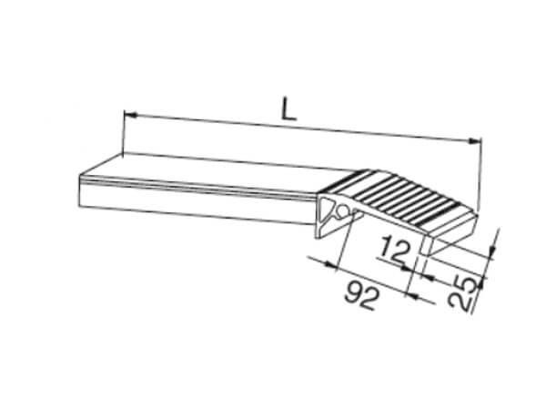 Das stirnseitige Einhängelager gibt es kostenfrei als Option zur AOH-Auffahrrampe.