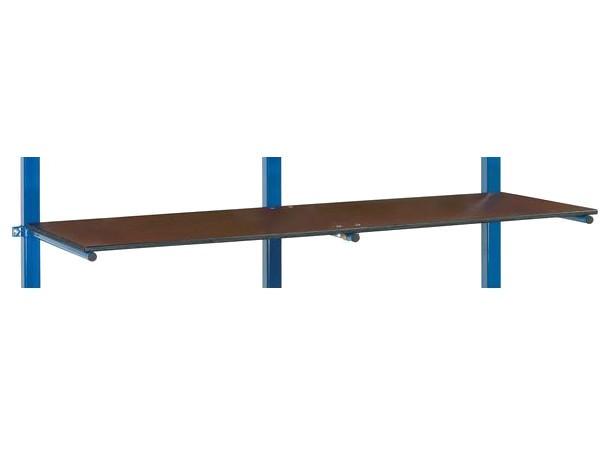 Der praktische Etagenboden lässt sich sehr einfach am Tragarmwagen befestigen.