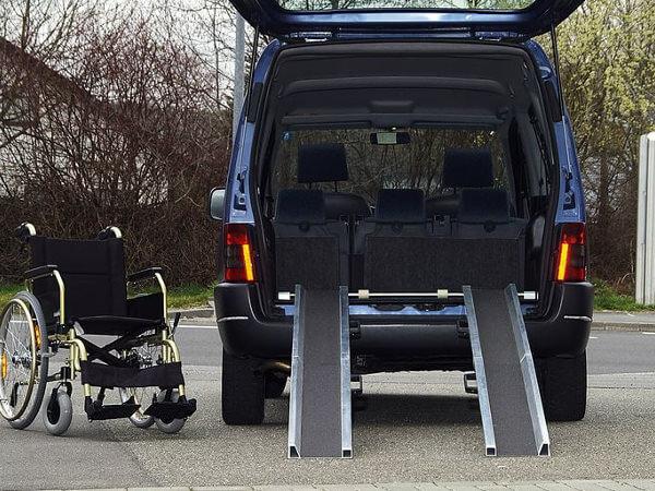 Rollstuhlschienen-RAS-W-Einbau-Altec-2