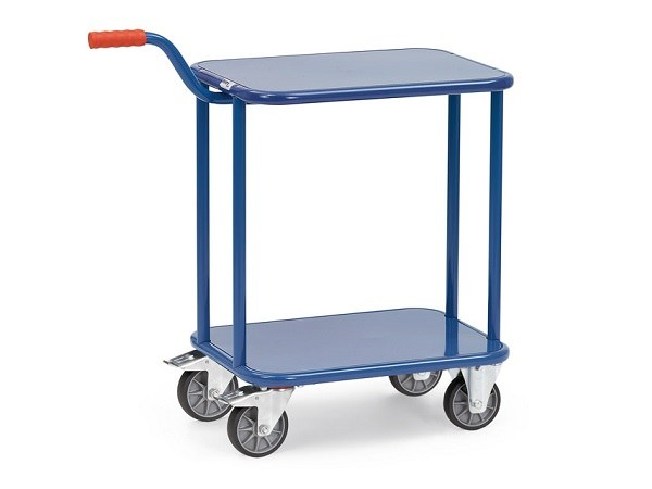 Der Griffroller-Tisch besitzt 2 Stahlblechböden und lässt sich dank der TPE-Bereifung einfach bewegen.