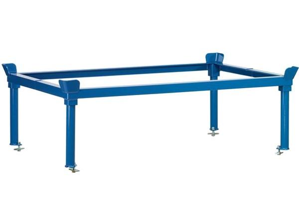 Der praktische Aufsetzrahmen ermöglicht das Abstellen von Paletten und Boxen auf eine ergonomisch angenehme Höhe.