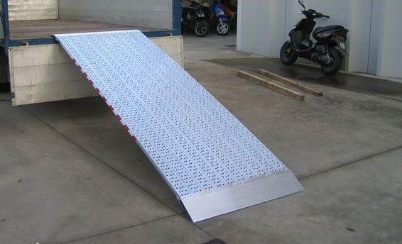 Produktspezifikationen-auffahrschienen-verladeschienen-m050-metalmec