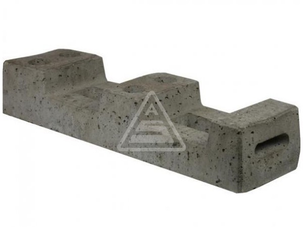 Der praktische Beton-Bauzaunfuß eignet sich zur Befestigung von Mobilzaunelementen.