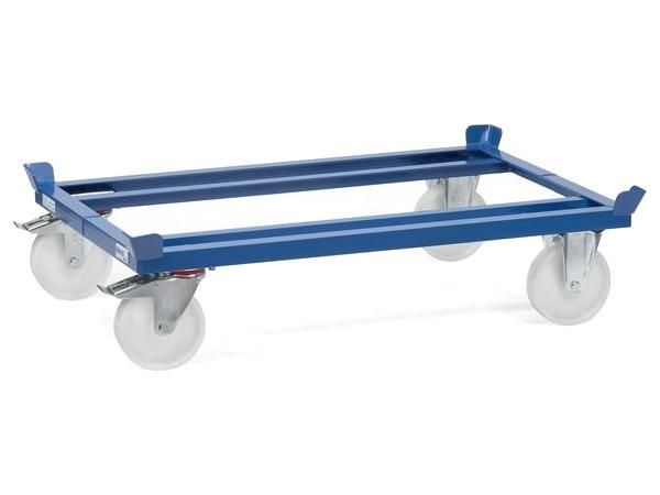 Der kompakte Palettenwagen ist speziell für den Transport von beladenen Paletten oder Gitterboxen konzipiert.
