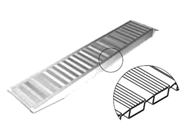 technische-Zeichnung-Gummibereifung-AVSV-Auffahrrampe-Auffahrschienen