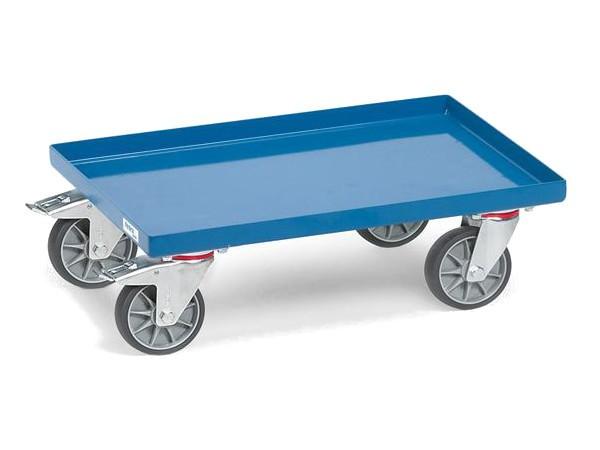 Der Kastenwagen mit Blechplattform ist speziell für genormte Eurokästen.