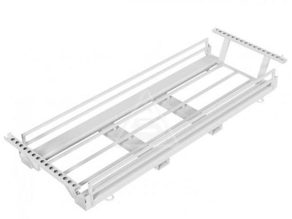 Die robste Transporttraverse kann bis zu 30 Bauzäune sicher transportieren.