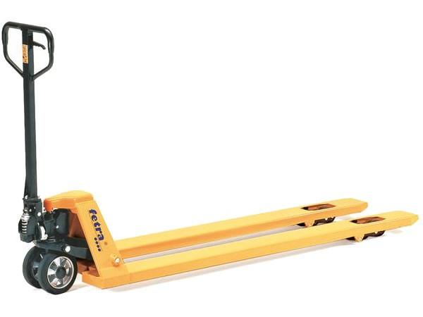 Der Gabelhubwagen 2116-18 besitzt mit 1800 mm eine etwas längere Gabellänge.