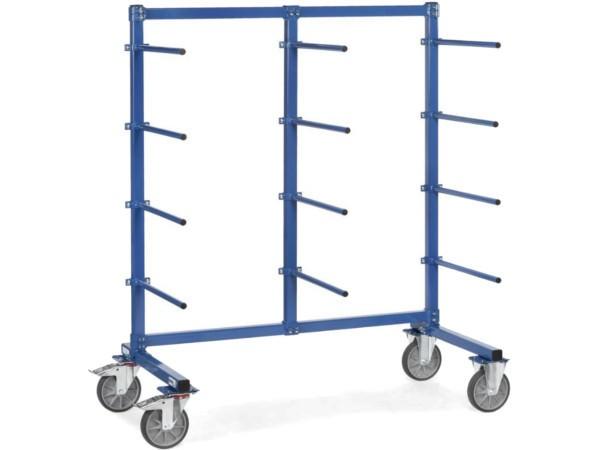 Der robuste Tragarmwagen aus Stahl kann Lasten bis 500 kg aufnehmen.