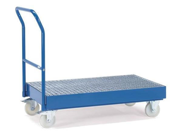 Der robuste Fasstransportwagen kann bis zu zwei 200-Liter-Fässer lagern oder transportieren.