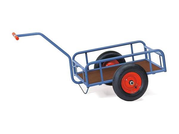 Der praktische Handwagen kann viele unhandliche Kisten sicher von A nach B befördern.